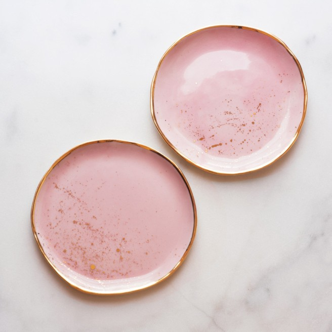 suite-one-studio-dessert-plates-in-rose-with-gold-splatters_1024x1024